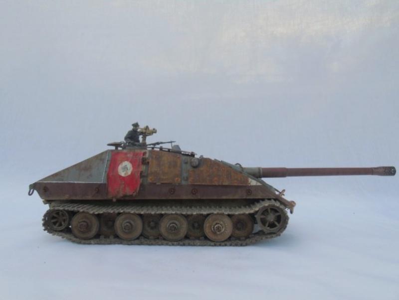 E-100 Jagdpanzer Krocodil 1/35 trumpeter 705216Sanstitre25