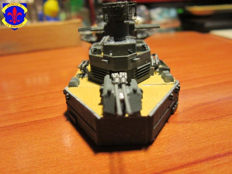 Croiseur de bataille Scharnhorst  au 1/350 de dragon - Page 6 705370IMG1374L