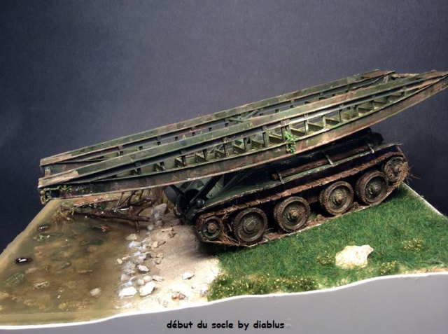 Russian brigde layer SBT (TOM MODELLBAU) 1/35 - Page 4 707886socle004