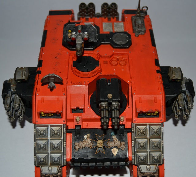 [CDA Armour] Nalhutta : Land Raider Crusader Blazing templars. 711749007