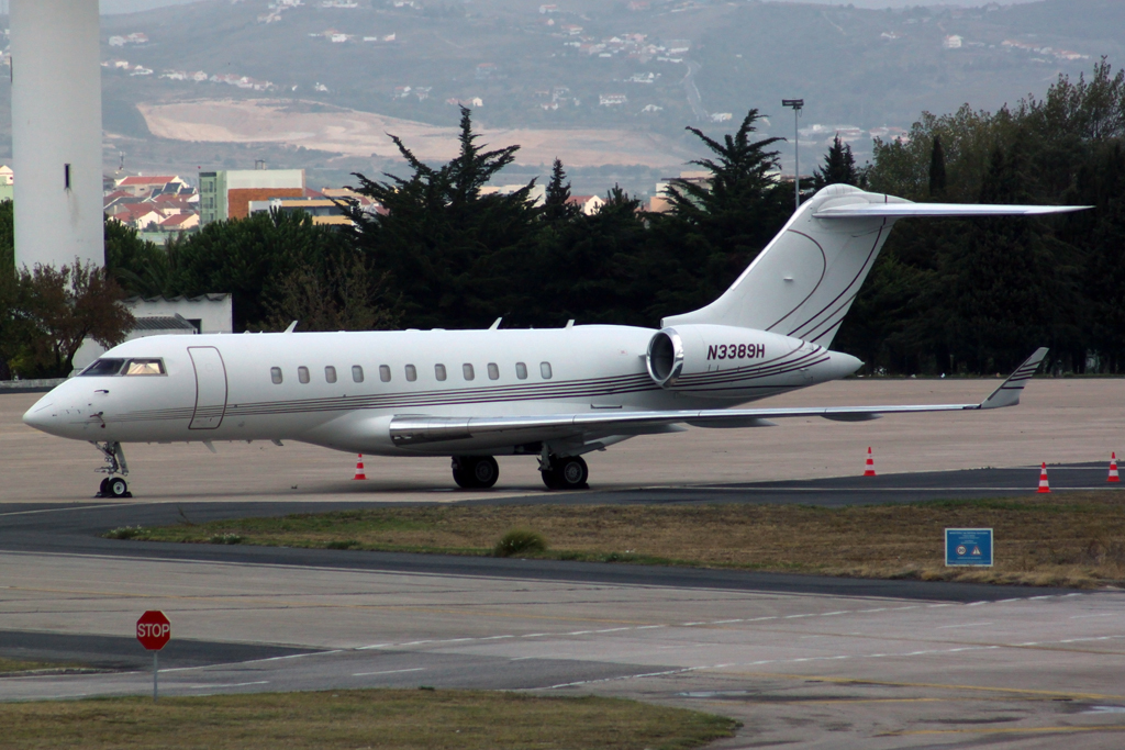 Lisbon Portela by DHL1992 712773IMG1952Copie