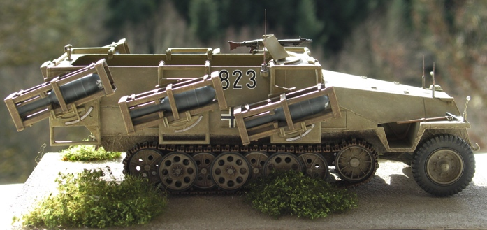 "sd kfz 251 ""stuka zu fuss"" Tamiya 1/35 712957modles128014"