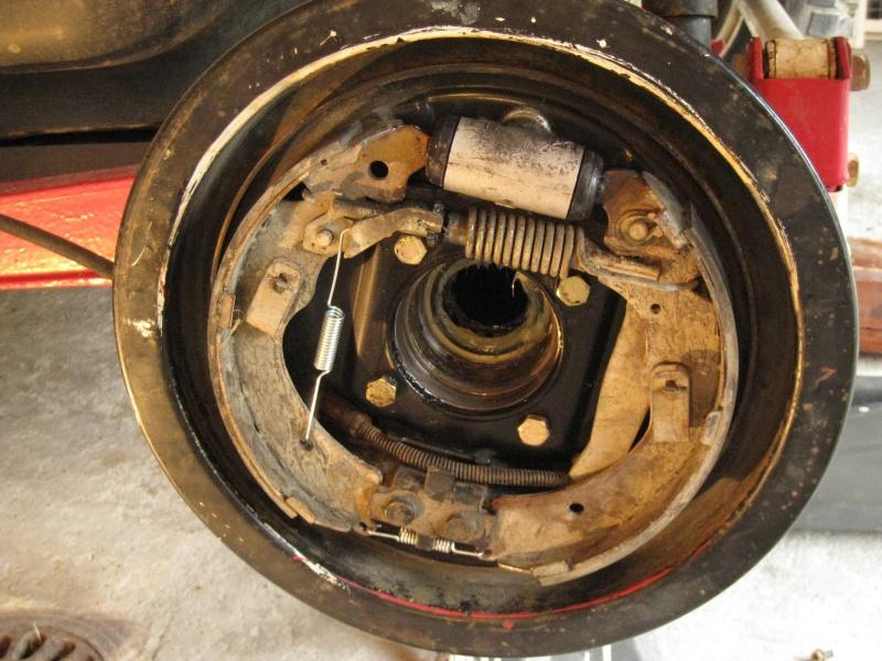 modification flasque tambours arrières pour démontage rapide des roulements 718674IMG2062