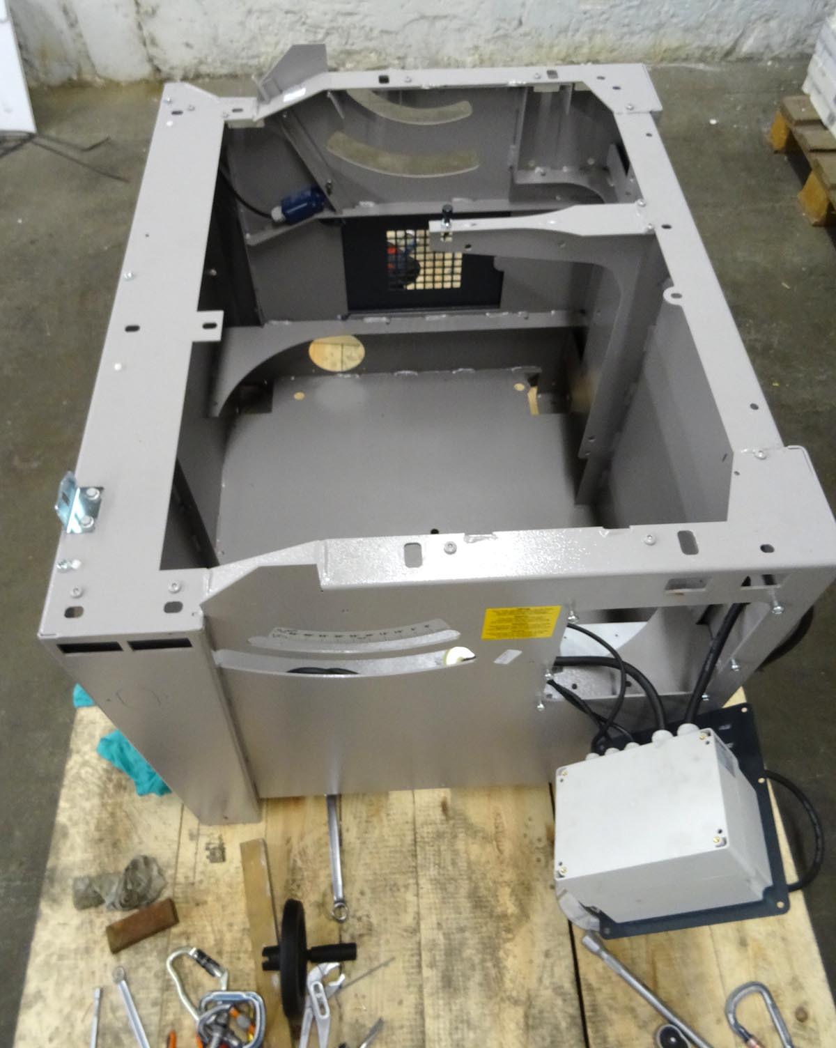 Une petite B3 pour l'atelier 720084DSC00034c1s