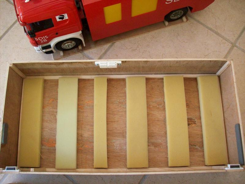 fabrication d'une caisse de transport pour le scania 7248041008908