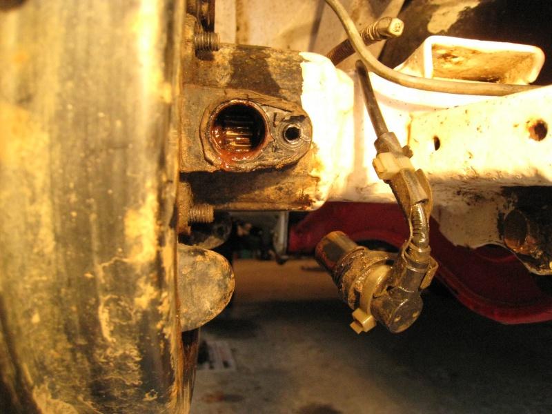 modification flasque tambours arrières pour démontage rapide des roulements 725482IMG2012