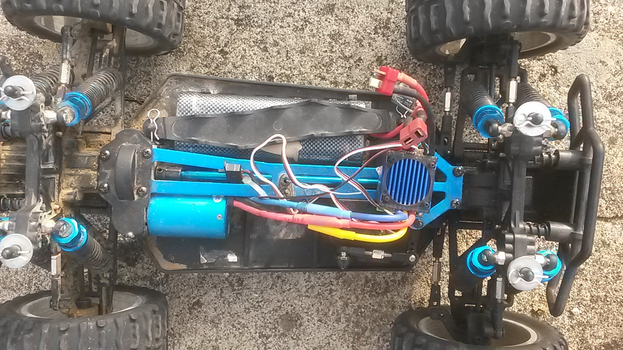 Vente monster truck torche pro 1/10 (strada MT évolué,brushless) 72645220160313084947