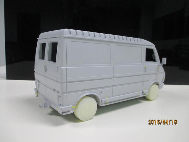 Laudoracing-model Fiat 242/ Citroën C35  1/18 730397129987641016929935065408593740354802652866n