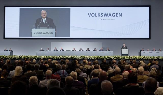 Les actionnaires de Volkswagen approuvent une hausse substantielle des dividendes 731202hddb2015al02959large