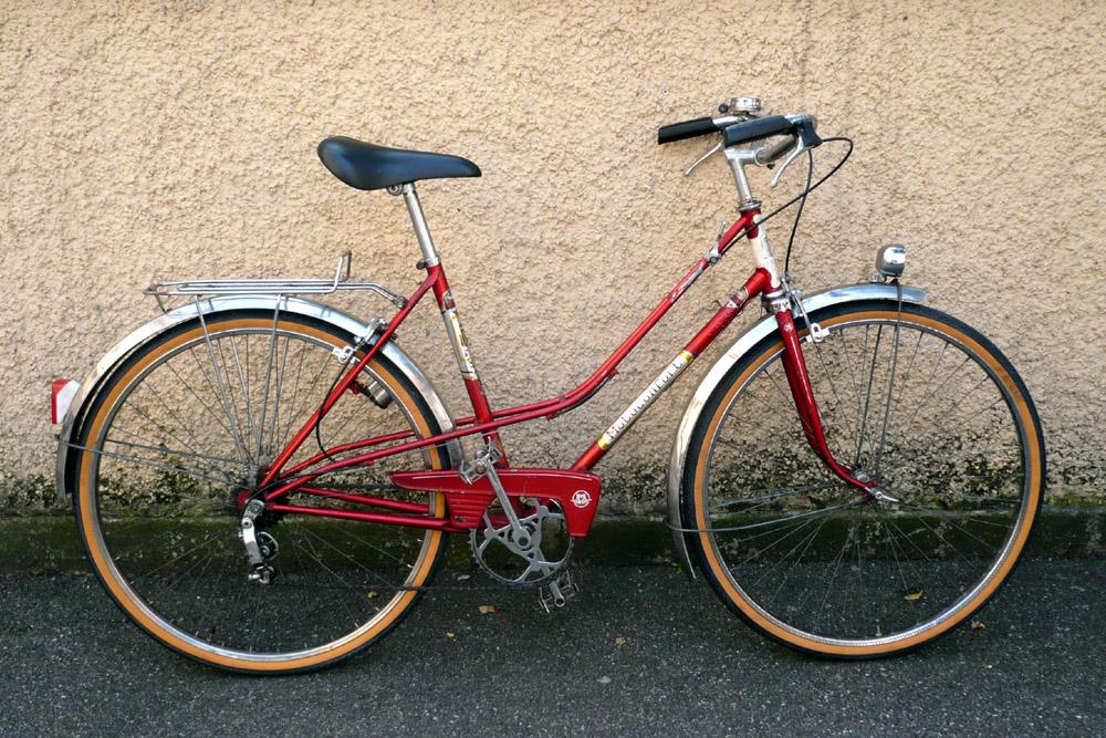 Motoconfort 1974 (rouge) 731631confort016