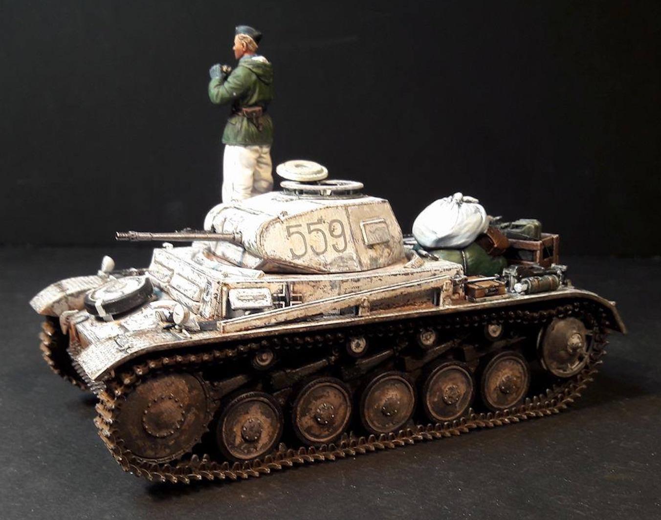 Pz.Kpfw.II Ausf.F - Kharkov 1/35 - Page 4 739528PZIILeft