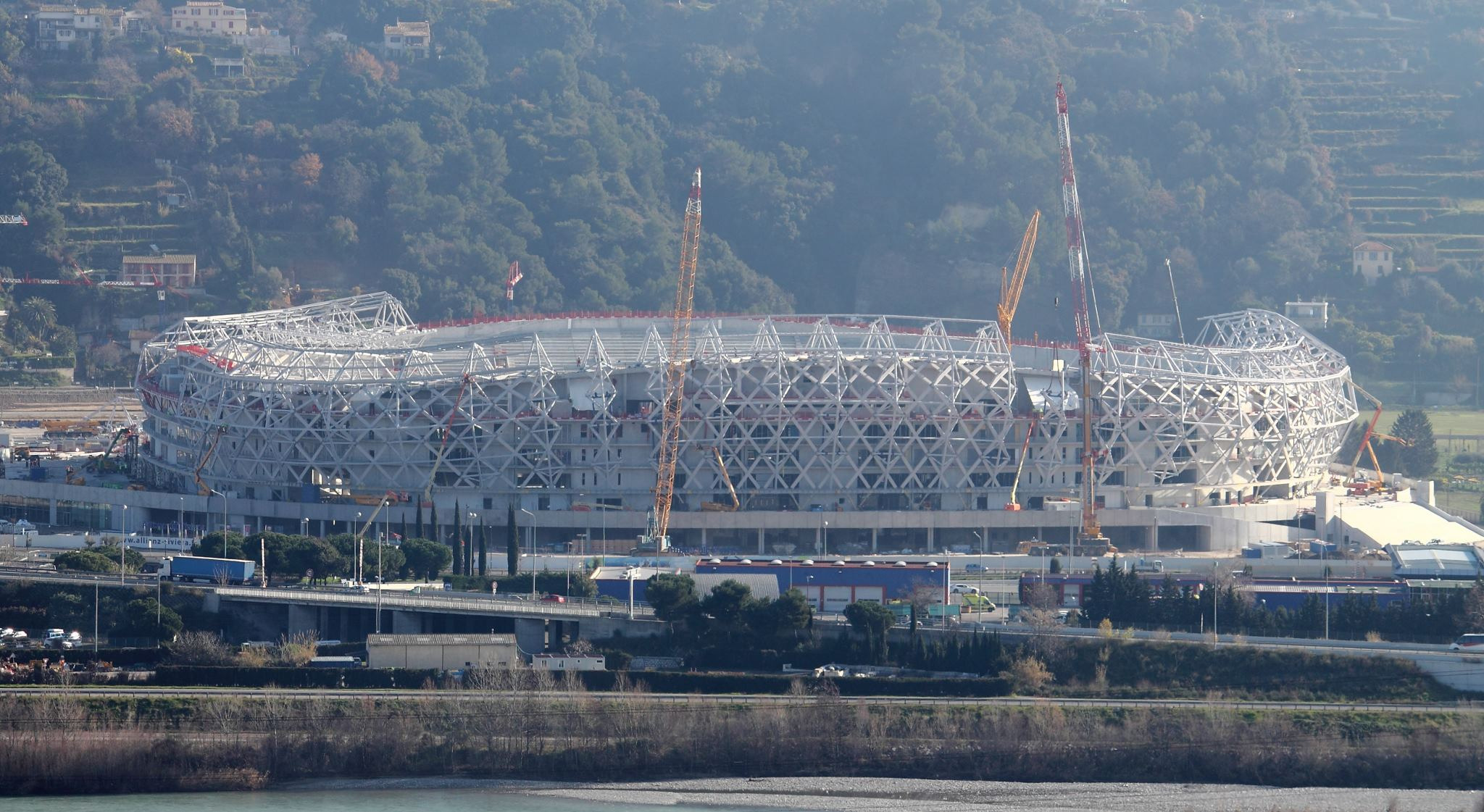 Allianz Riviera (33,470 places fin estimée été 2013)  7435508206744744022559538341209498307o