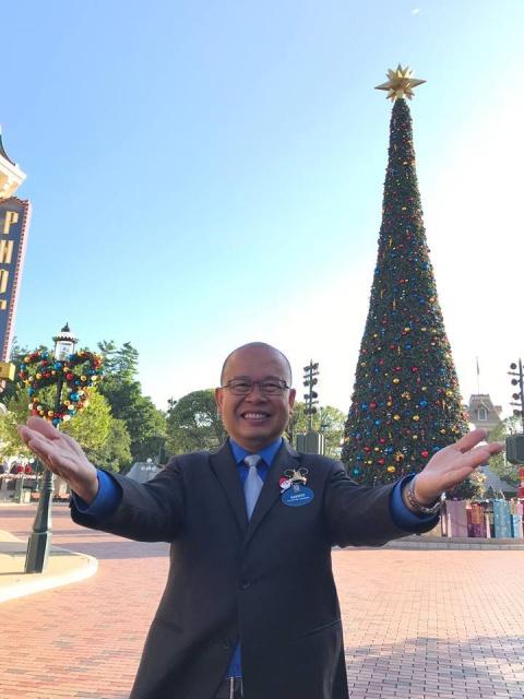 Les Ambassadeurs de Disneyland Paris  - Page 37 7438442616775813472744487105304081627464721890633n