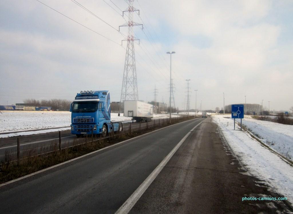 Van Moer Transport  (Zwijndrecht) - Page 3 746730photoscamions25I2013189Copier