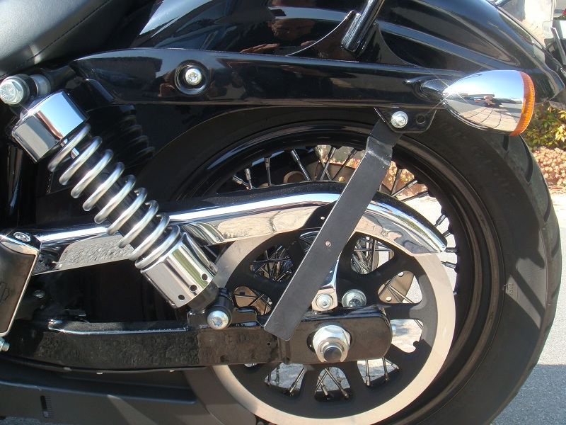 DYNA WIDE GLIDE, combien sommes-nous sur Passion-Harley - Page 7 749027retaille5