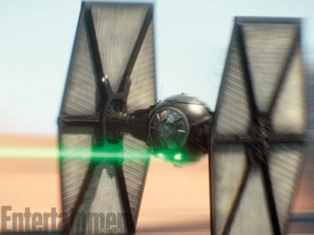 [Lucasfilm] Star Wars : Le Réveil de la Force (2015) - Page 6 750101w46