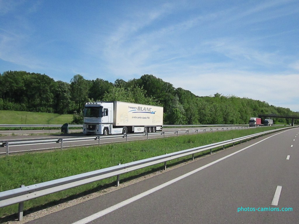 Transport Blanc (Civrieux d'Azergues) (69) 752551photoscamions14Mai201251Copier