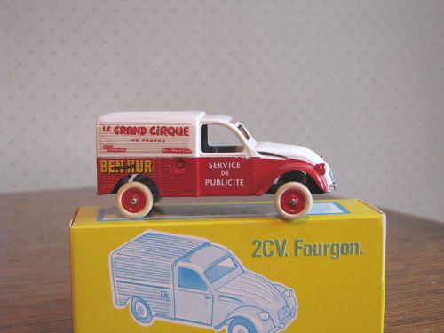 Citroën Les utilitaires miniatures au Cirque 756851legrandcirque