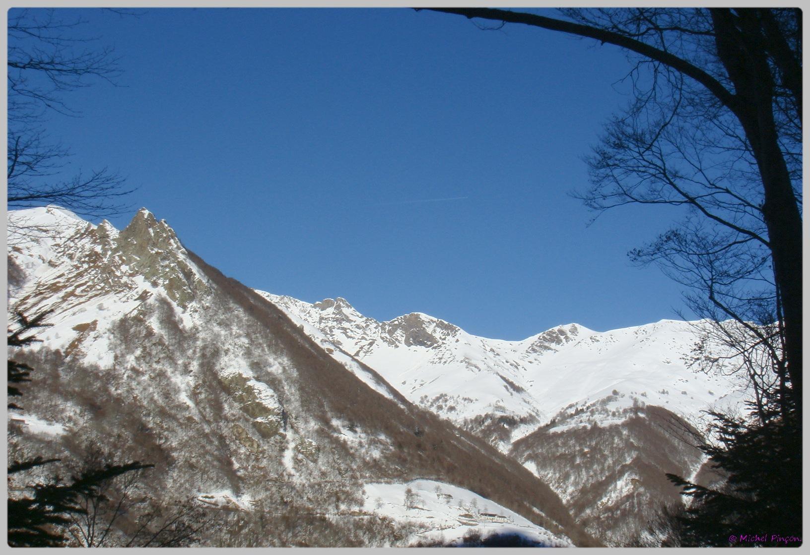 Une semaine à la Neige dans les Htes Pyrénées - Page 2 757474DSC011885