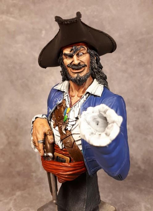Buste de Pirate - FINI !!!!!! 759216bustePirate12