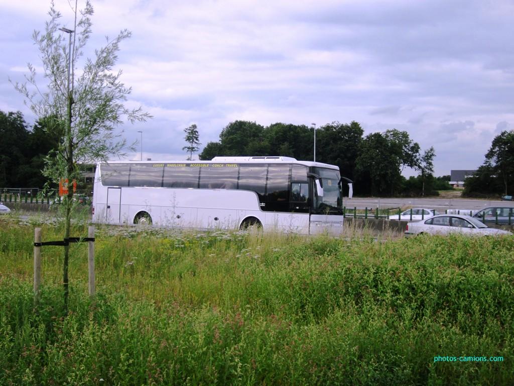 Van Hool (post uniquement pour les cars Van Hool sans inscriptions) 760448photoscamions13juillet2012354Copier