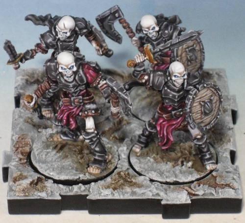 Peinture de mon armée de Mort-Vivants 761178Srie4socle