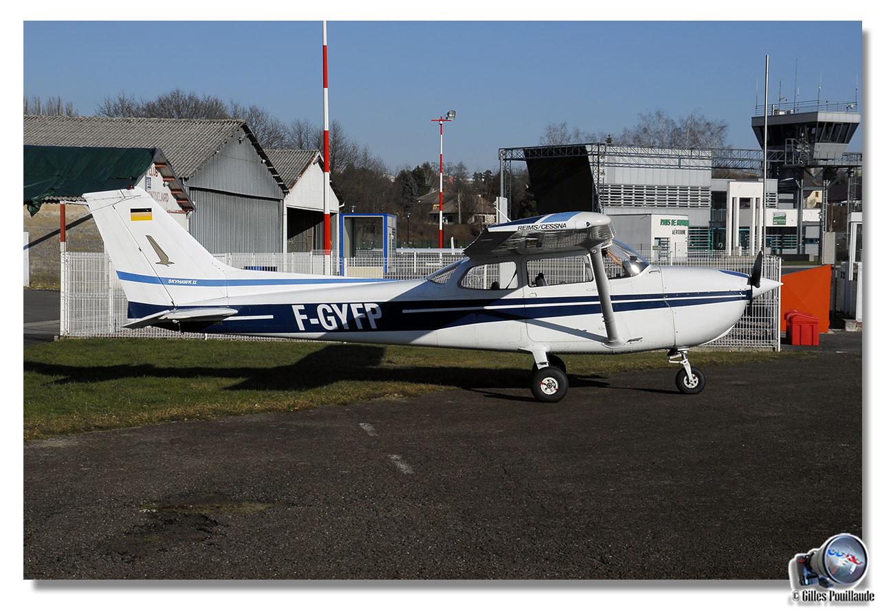 Aérodrome de Courcelles-les-Montbéliard 7612868410
