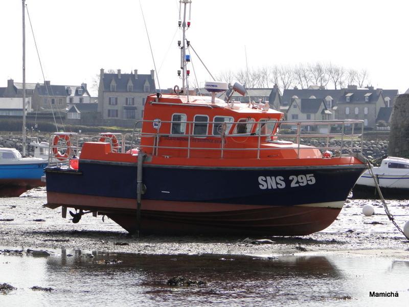 SNSM (Société nationale de sauvetage en mer) 762258BatzMamicha256