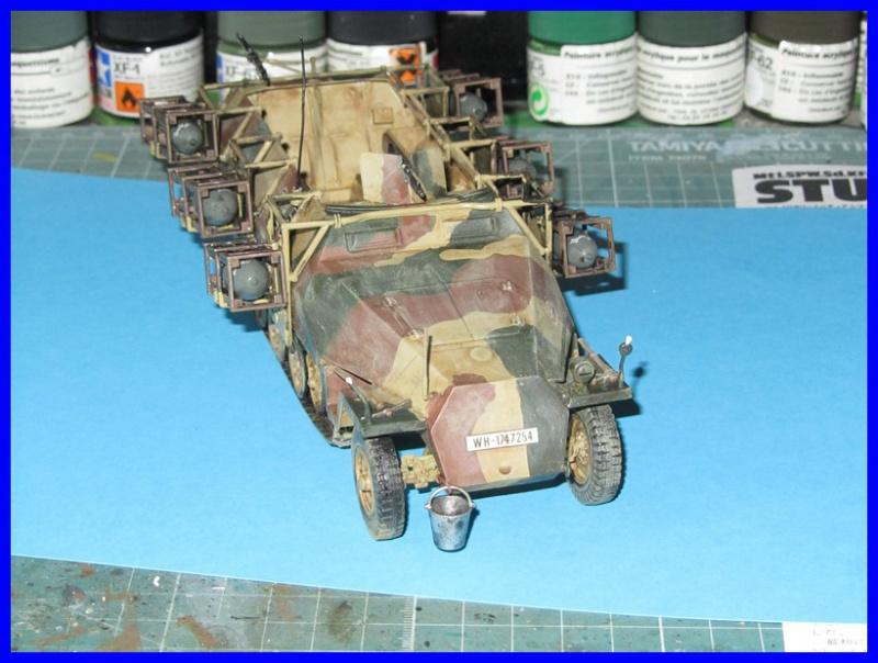 Mtl.SPW.Sd.Kfz.251/1Ausf.D mit Schwerer Wurfrahmen 40 STUKA ZU FUSS 1/35 de TAMIYA 762527IMG0910800x600
