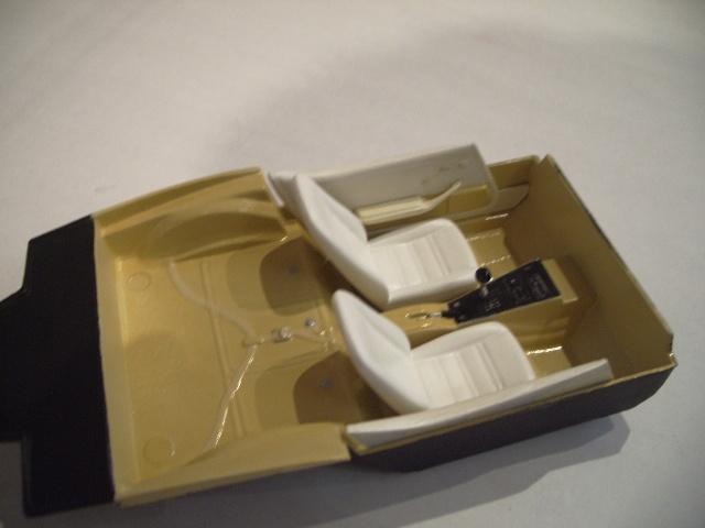 chevrolet corvette 25 th anniversary de 1978 au 1/16 - Page 2 763649IMGP8841