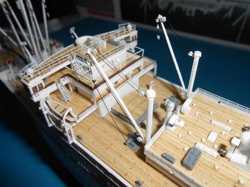 Hikawa Maru hopital 1/350 PE/pont en bois et babioles  - Page 7 763939DSCN5964
