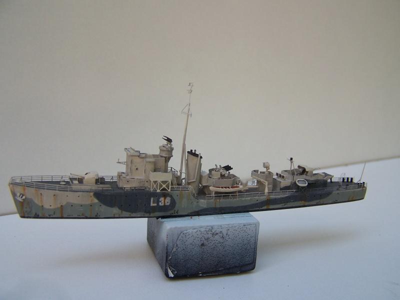 Destroyers classe Hunt type 2 et 3 - Page 3 764040Hutn2et3035
