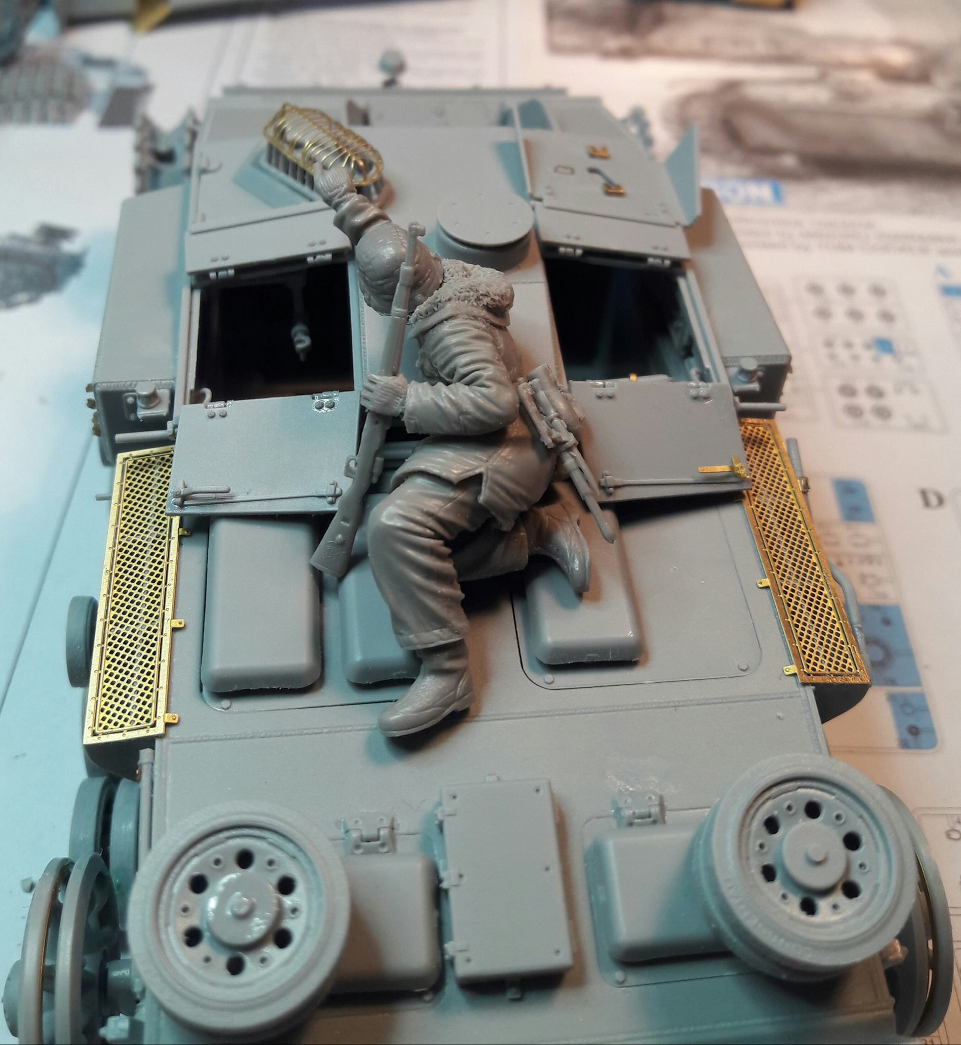 StuG.III Ausf.F/8 late production w/Winterketten - 1/35 - Page 2 7660462084134410212081171399098332067145o