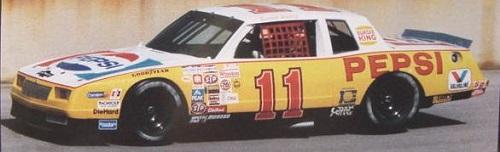 Chevy Monte-Carlo 1983 #11 Darrell Waltrip Pepsi  76648911Pepsiref2vi
