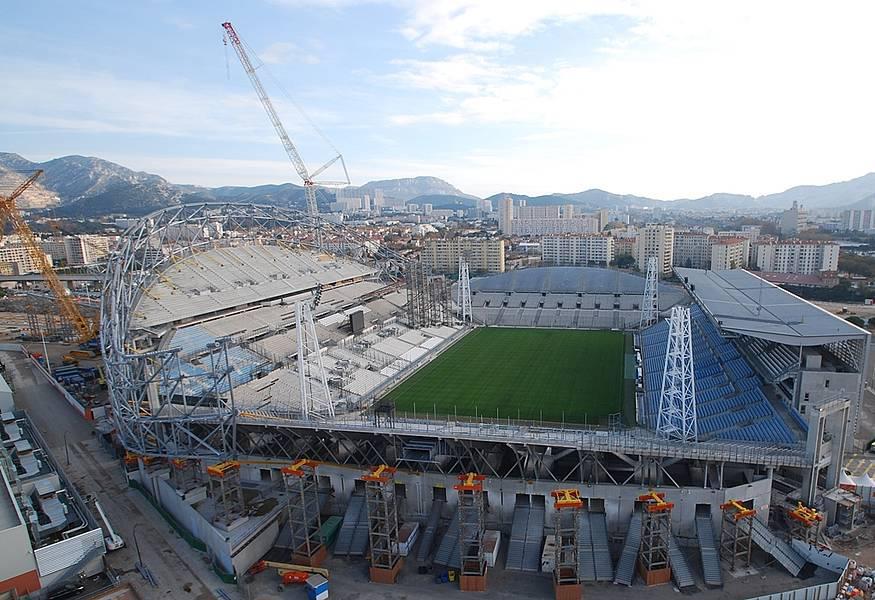 Stade Vélodrome (67,000 places fin estimée Juin 2014) 767479216874403880826885851328825658n