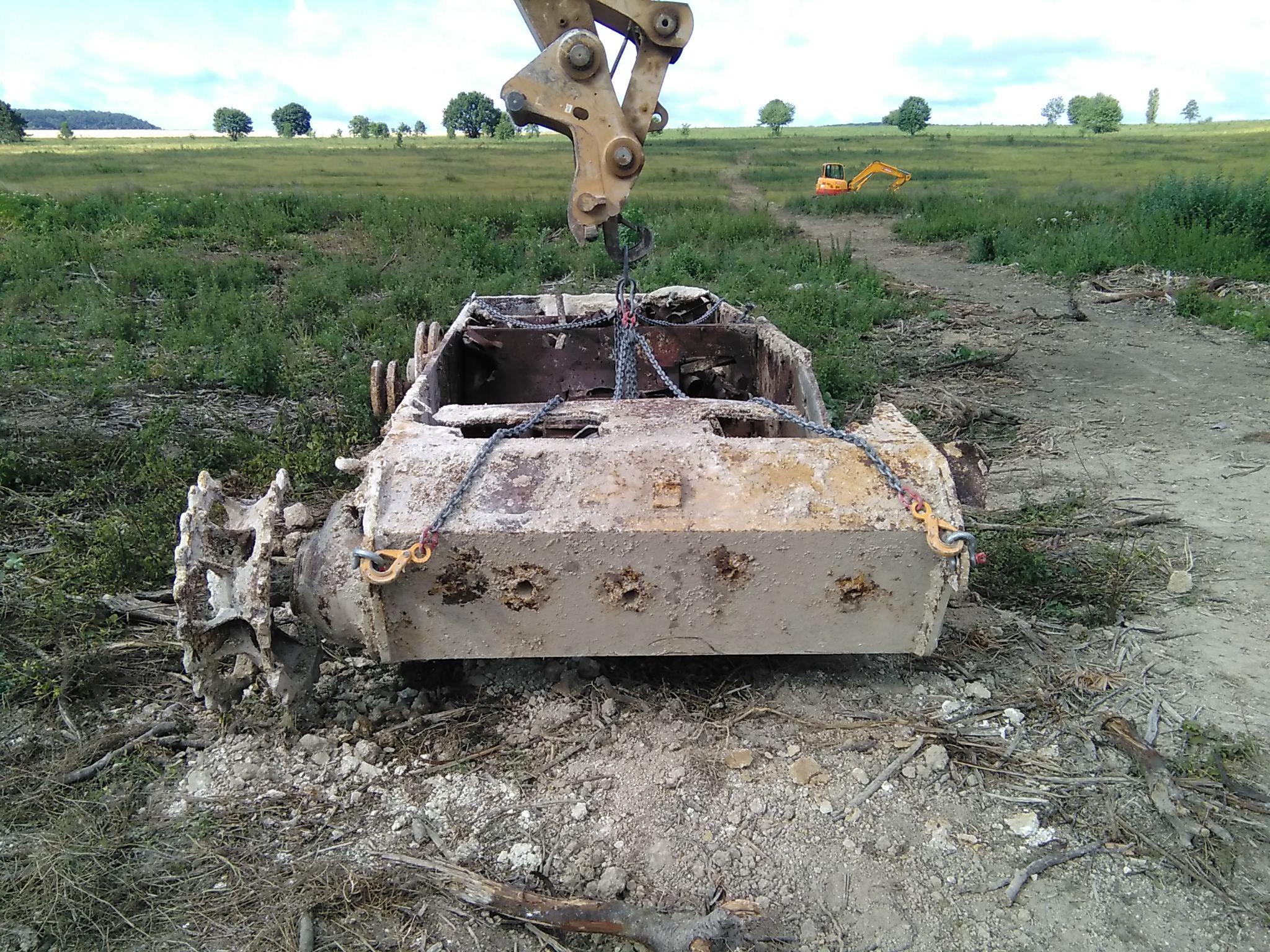 Un panzer découvert près d'Epernay 77363415072906383613110613476992