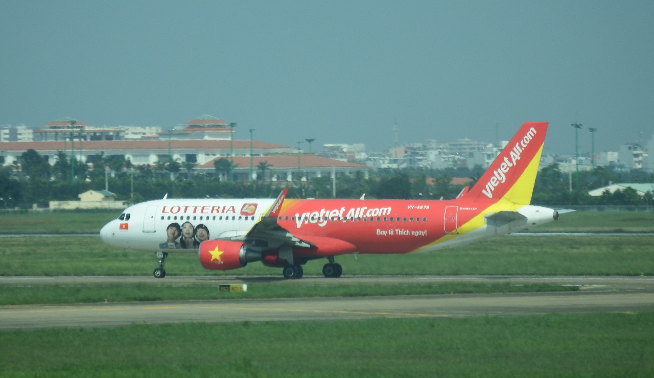 Spotting Octobre 2015 Saigon  776705VNA678