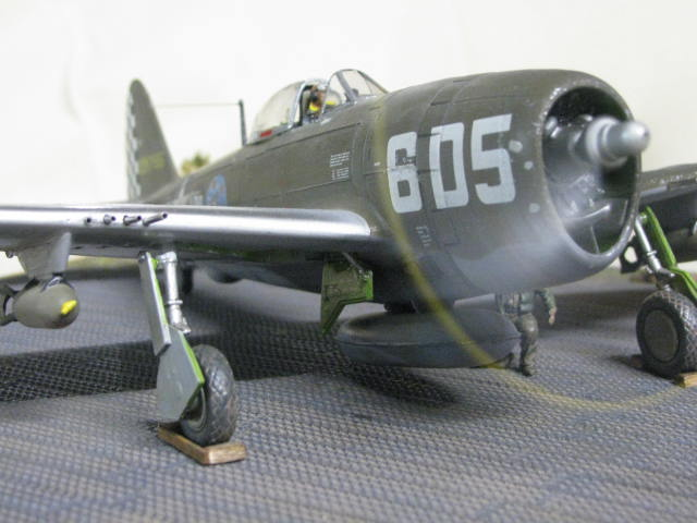 Restauration P-47 Lt Raymond Knight 1/48 Monogram  778781IMG6067