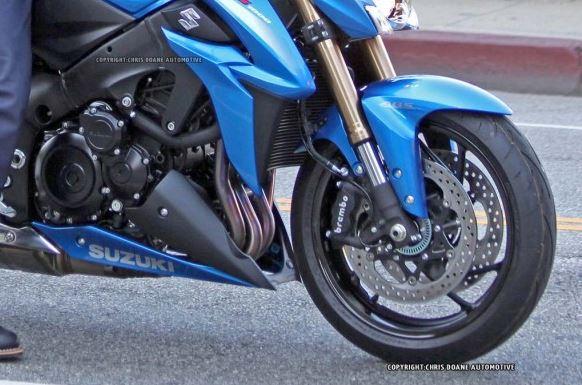 Suzuki GSX et GSXS 1000 ... - Page 4 778810capture11