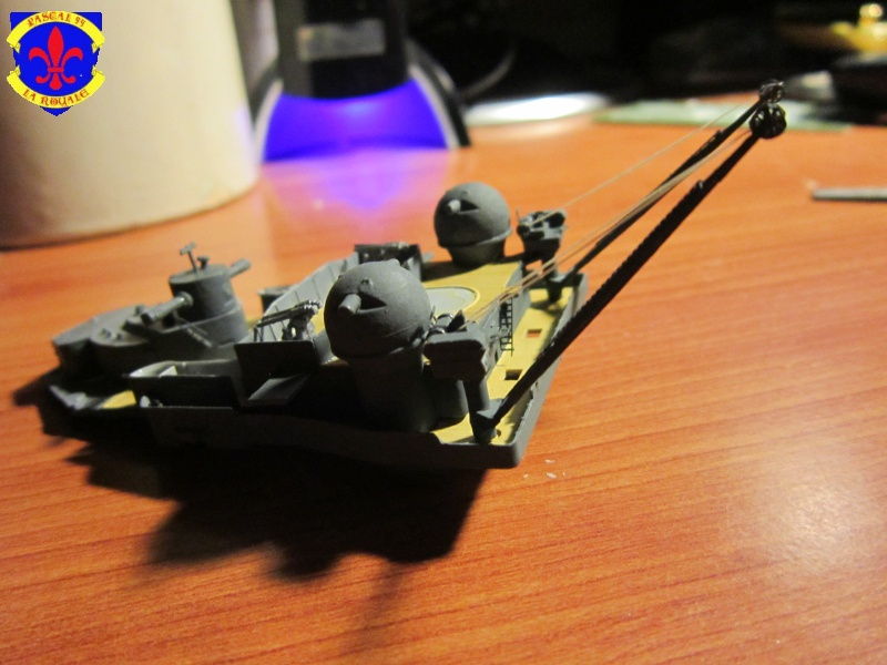 Croiseur de bataille Scharnhorst  au 1/350 de dragon - Page 5 779284IMG1311L