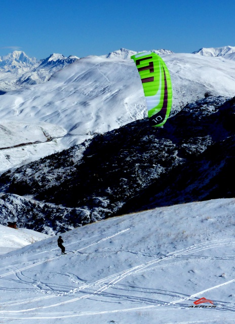 Snowkite AEROS ALTI 2015 780211aerosalti3xdeferweb