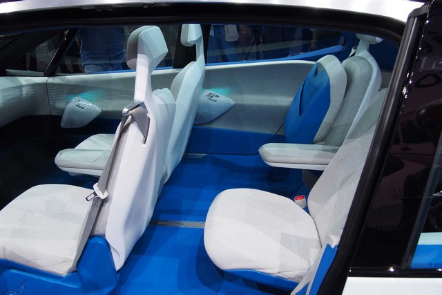 La première mondiale de l'I.D. lance le compte à rebours vers une nouvelle ère Volkswagen  781678VolkswagenIDConceptInterior02