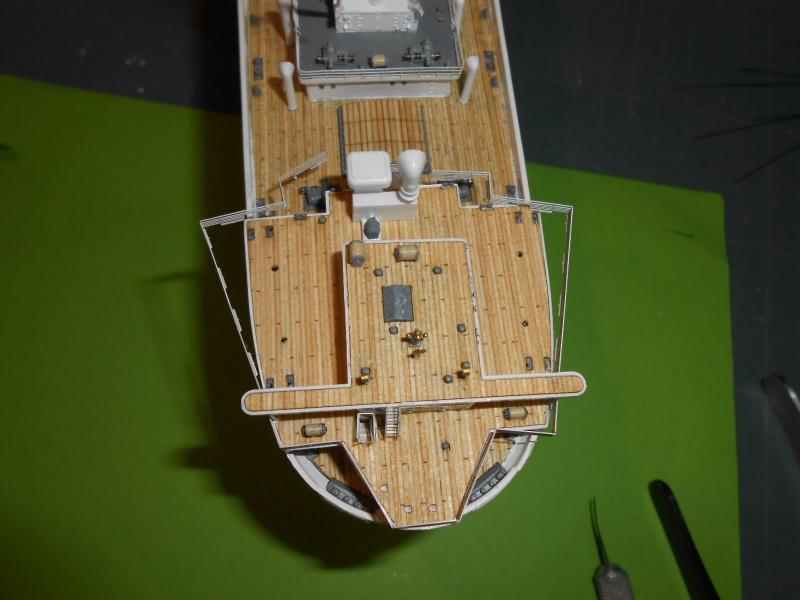 Hikawa Maru hopital 1/350 PE/pont en bois et babioles  - Page 7 782223DSCN5990
