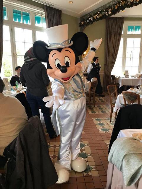 Disneyland Hotel 782988261689067541673414237206010788543883836902n