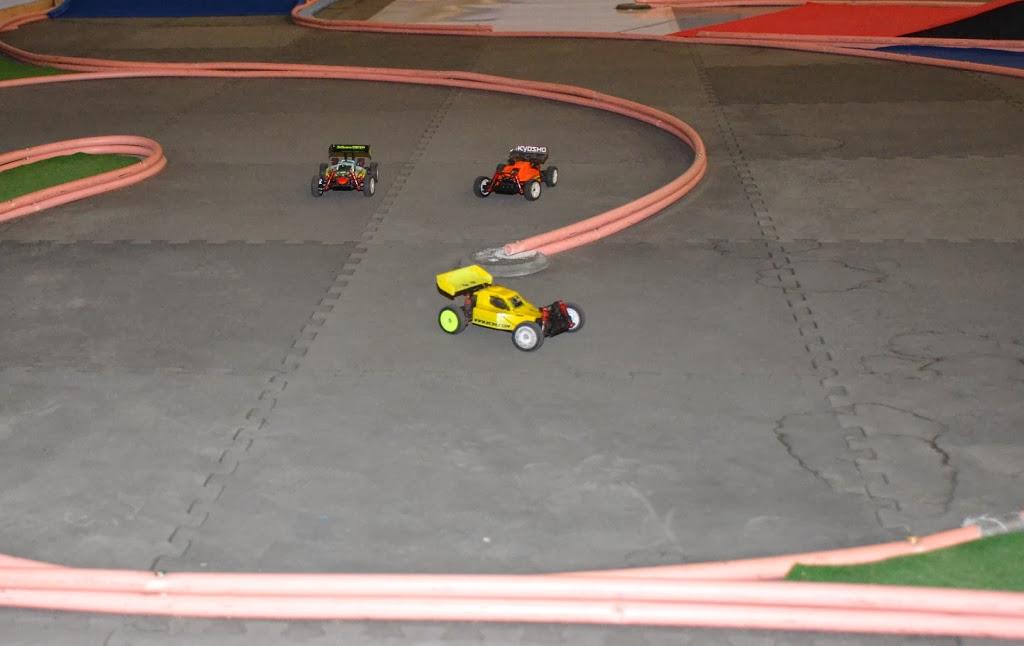Challenge mini z buggy RC94 2013/2014 - Page 2 783227DSC0850