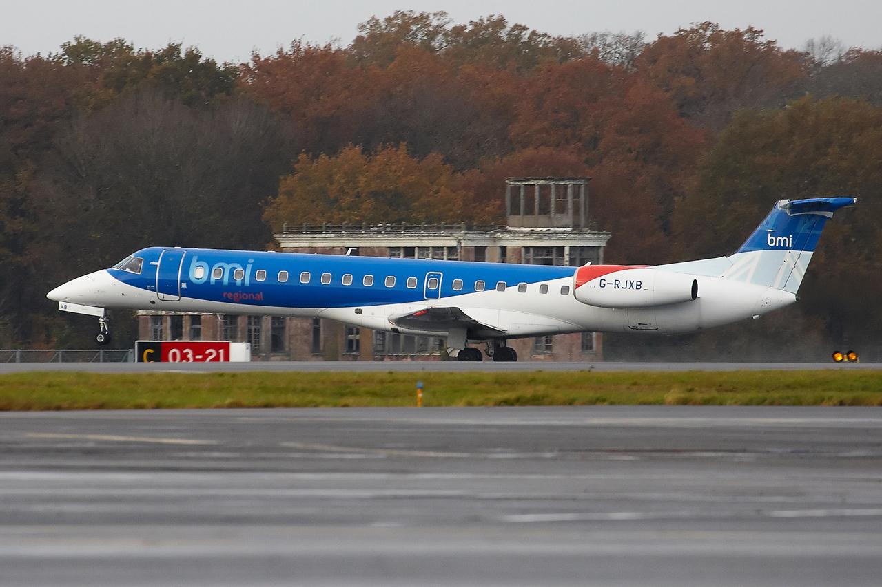 [14/12/2013] Embraer ERJ145 (G-RJXB) BMI Régional 784380GRX9083