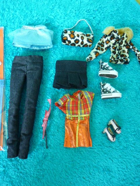 [Vente]Vêtements, chaussures et accessoires/stands... 785038P1170507