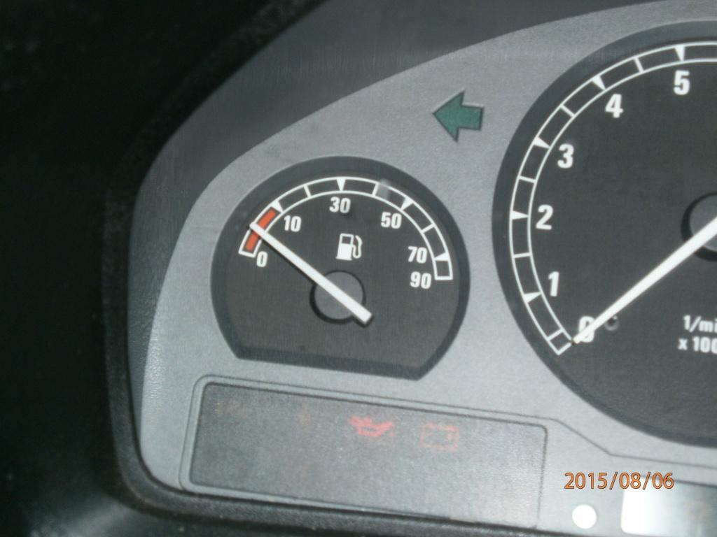 panne d'arrivée d'essence [résolu]  chauffe moteur la cata - Page 2 788723P8060133