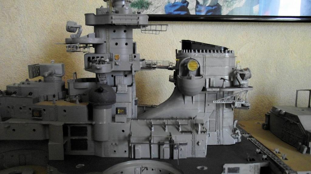 Bismarck 1/200 Trumpeter - Page 4 790058Bismarck1x20093