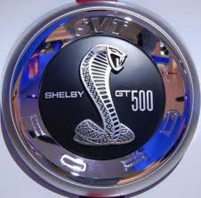 Ford Mustang SHELBY GT 500  2010 de chez revell au 1/12 - Page 2 790189m161